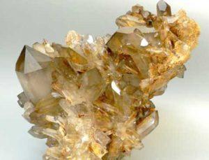 кристаллы раухтопаза