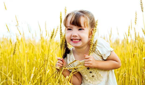 Маленькая девочка Стефани